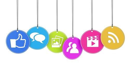 Social_Media_Strategies_for_maximizing_revenue