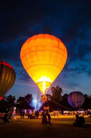 hotairballoon_shutterstock_167590574 (2)